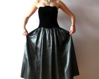 Laura Ashley Dress Black Velvet Grey Taffeta Maleficent Dress Fitted Bodice Halloween Night Party Masquerade Witch Dress