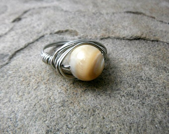 Natural Shell Ring, Mother of Pearl Ring, Wire Wrapped Ring, Wire Wrapped Ring, Wire Wrapped Jewelry Handmade