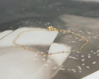 14K Gold Filled Minimalist Thin Bracelet / Thin Chain / GF Fill / Simple / Simplistic / Plain / Basic