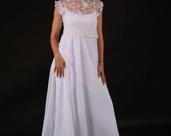 Modest  Wedding. Lace Bolero.White Chiffon.  Spaghetti  Strap.Designer's  Dress . Open Back.