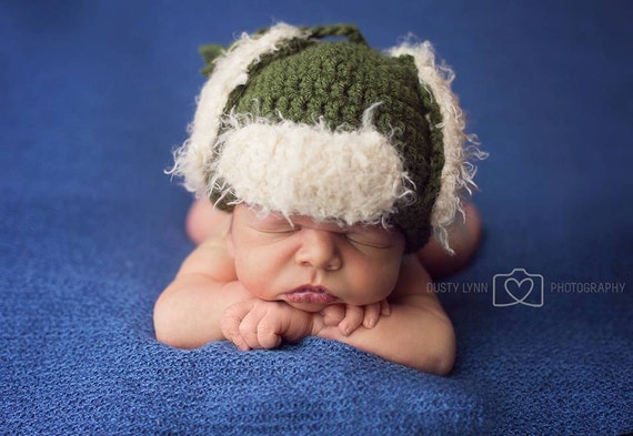 Items similar to Crochet Pattern Hunting hat, baby girl ...