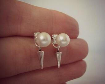 White Swarovski Pearl Sterling Silver Spike Earrings - Minimalist Jewelry - Edgy Pearl Studs - Front Back Earrings - Spike Earrings - Vegan