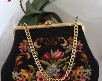 "Mint!  'SUPERIOR CUSTOM MADE"" Fantastic Needlepoint handbag,exquisite work,inside and out."