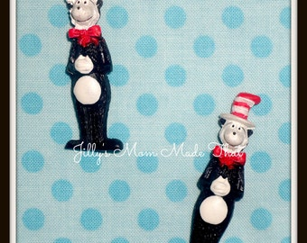 Set of 2 Dr Seuss Cat in the Hat Resins