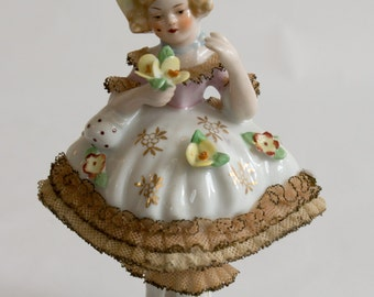 Mint condition Dresden Lady Figurine.