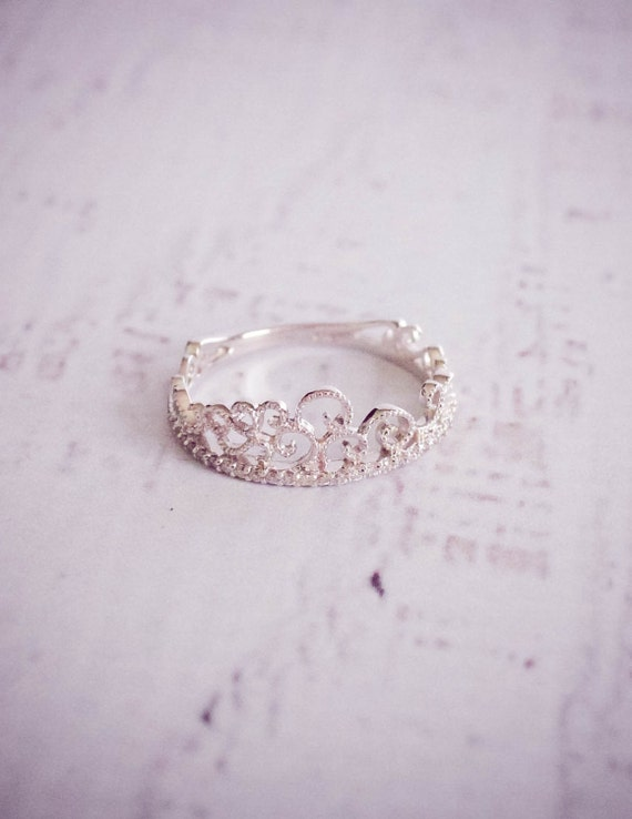 princess crown white gold ring
