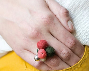Felt Ring, Wool balls Ring, Sterling Silver Ring, Modern Design Jewelry, Pink and Olive Green Ring