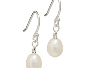 White Freshwater Pearl Earrings | Pearl Drop Earrings | Cream Pearl Earrings | Pearl Silver Earrings | Silver Drop Earrings