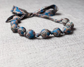 Silk fabric beaded necklace (23)