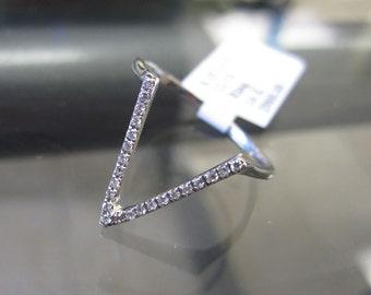 14K Gold Diamond V Fashion Ring 6J7747