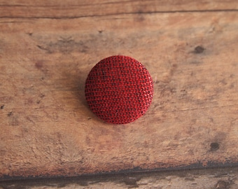 Red metallic fabric covered buttons (size 60, 40, 32, 20, 18) Christmas buttons, red and black buttons, upholstery buttons, wreath buttons