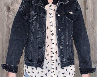 Vintage Black Faded Denim Jacket / Jean Jacket Size M