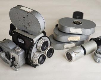 VINTAGE CAMERA / 16mm Movie Camera Pentaflex 16, c. 1960 Pentacon, Christmas gift Dresden