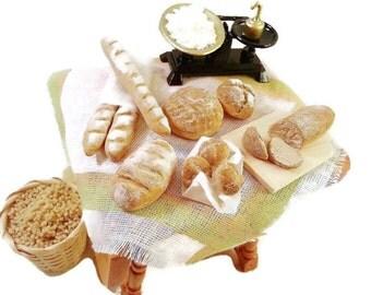 Miniature bakery /  Miniature food / scale 1:12 / Doll's House miniatures / Dollhouse food / Roombox / miniature scene