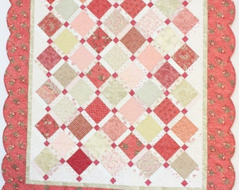 Blush and Spring Green Scalloped Edge Quilt