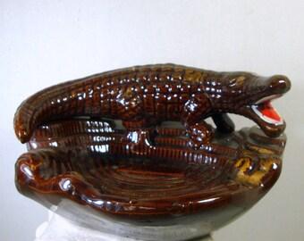Florida Alligator Ashtray, Kitsch 1950s Souvenir, Brown Glazed Ceramic, Post War Japan