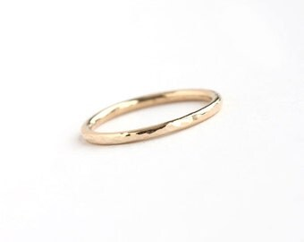 Lina - Handmade Solid 18k Yellow Gold Wedding Band Wedding Ring Hammered Textured Upto Size 8