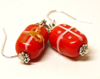 Christmas Earrings, Sterling Silver and Artisan Lampwork Glass Red Christmas Present Jewelry, Present Earrings, Christmas Gift, Gift Jewelry