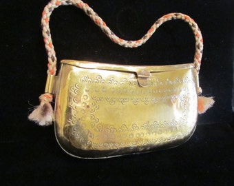 Boho Brass Purse 1940s Clutch Handbag Metal Pillow Purse India Style Wedding Formal Shell Evening Bag EXTREMELY RARE