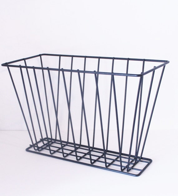 minimalist black wire magazine holder by modfolk on etsy. Black Bedroom Furniture Sets. Home Design Ideas