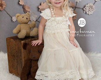 Lace flower girl dress, rustic ivory flower girl dress, girls ivory dress, Flower girl Lace tulle dress,bridesmaid dress- baby toddler dress