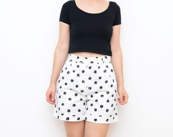 Vintage high waist summer women shorts with black spots / 80s cotton pocket small
