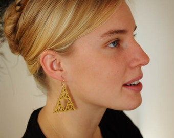 Gold Sierpinski Pyramid Earrings