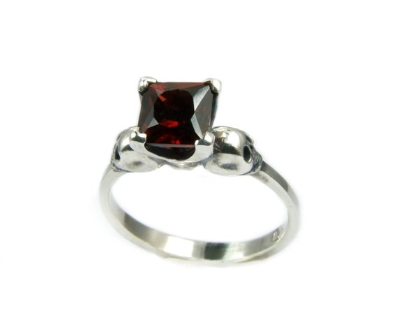 Skull Ring Goth Engagement Ring Square Garnet Psychobilly Wedding Jewelry Blood Red Gemstone Ring Memento Mori Womens Ring Gothabilly Rocker