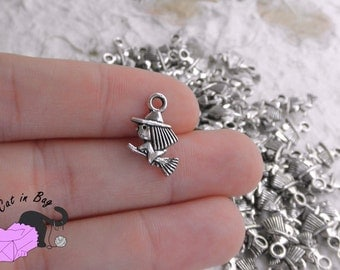 10 Charms witch on broom - antique silver tone - SP36-10