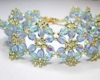 Pastel floral bracelet, flower bracelet, summer bracelet, blue and green, czech glass, beadwork, beadwoven, sapphire, teal,