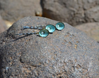 Colorful seashell bobby pins-mermaid accessories bridal accessories mermaid hair nautical accessories