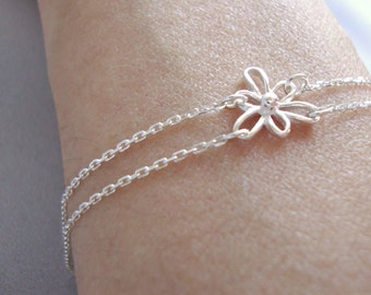 Sterling Silver Flower Bracelet - Handmade Jewelry - Bridesmaid Bracelet - Minimalist Jewelry - Everyday Bracelet - Spring Bracelet