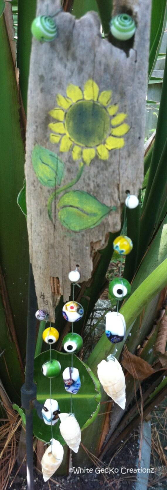 Palm Frond, glass beads, shells, art paint Sun Flower Stencil
