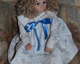 "Effanbee Doll 1988 21"" Curly Blond Hair"
