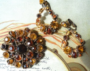 Vintage Amber Fall Tone Rhinestone Brooch & Dangle Earrings Set    KM6