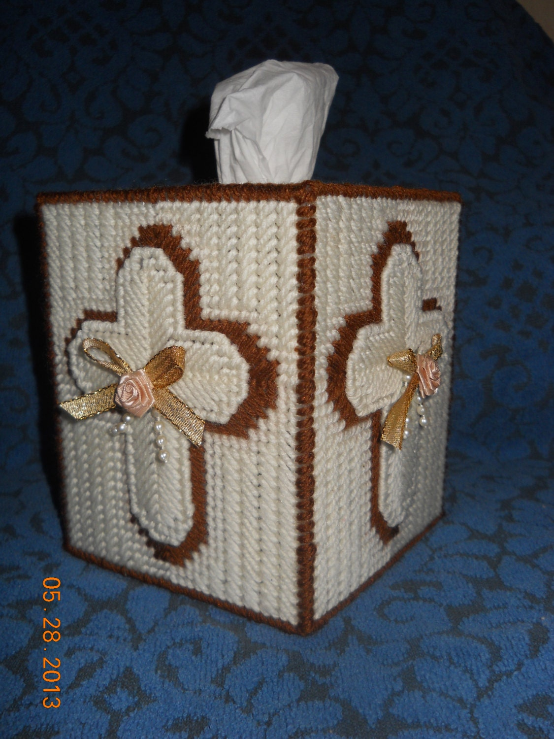 Cross Tissue Box Cover In Plastic Canvas