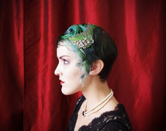 Bird Wing hair fascinator in Emerald Green with gilded silver filigree ~ Steampunk ~ Victorian Revival ~ Masquerade ~ Tea Party ~ Alt Bride