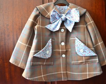 Gorgeous wool plaid coat, fully lined, for girls age 4-5.