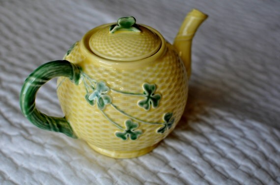 Bordallo pinheiro shamrock pottery from portugal tea pot - Bordallo pinheiro portugal ...