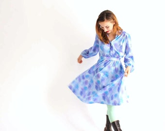vintage shirtwaist dress - purple and blue dress - vintage womens clothing - feminine flowy mid length dress, medium large