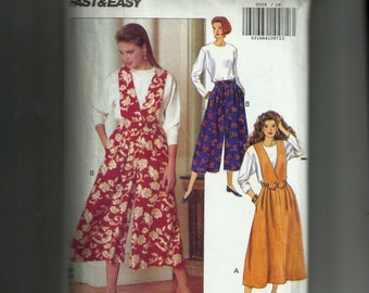 Butterick Misses' Skirt and Split Skirt With Detachable Bib and Top Pattern 5559