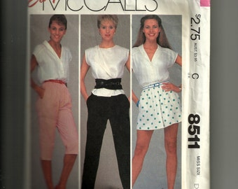 McCall's Misses' Pants or Shorts and Knee Pants Pattern 8511