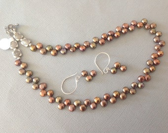 Coppery freshwater dancing pearls necklace set