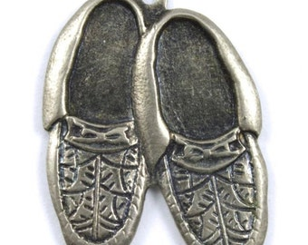 22mm Antique Silver Pair of Moccasins Charm (2 Pcs) #169