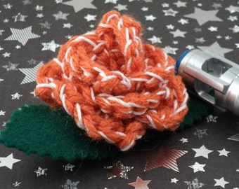 Donna Noble - Crocheted Rose Bar Pin - Orange and White (SWG-PS-DWDN01)