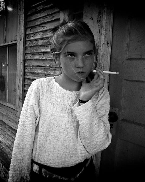 Clothing venezuelan girls who smoke teen pictures