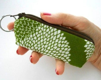 Mini Key Chain Zipper Pouch ECO Friendly Padded Lip Balm Case NEW Earth Green Leaf