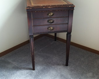 Antique Vintage STICKLEY Of Grand Rapids Mohagany Wood W Leather Top Side End  Table Empire Style