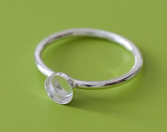 One Round 5 mm Sterling Silver Plain Bezel Cup on Ring • Size 2 to 15 • Ready for Stone or Resin • Supplies