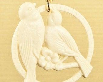 Vintage Ivory Lovebirds Celluloid Bird Necklace